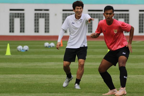 Asisten Pelatih Timnas Indonesia Positif Covid19 - iMSPORT