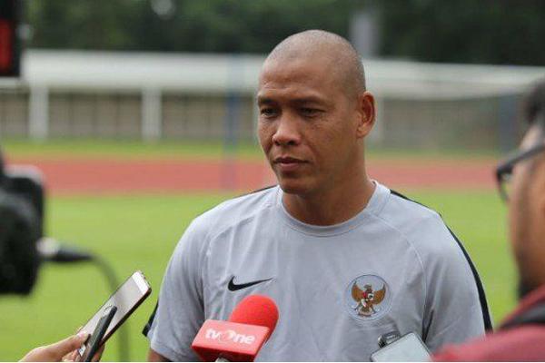 Asisten Pelatih Timnas Indonesia Rela di Potong Gaji 75 Persen - iMSPORT.TV