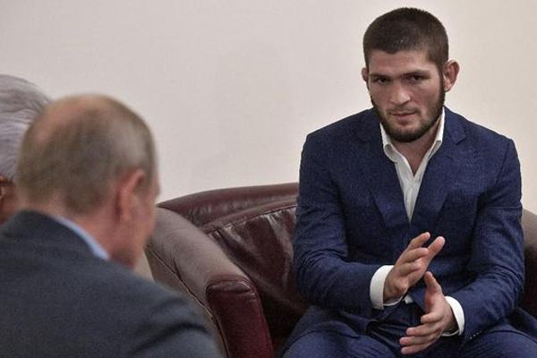 Khabib Diundang Vladimir Putin ke Istana Kremlin - iMSPORT