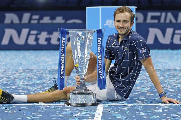 Daniil Medvedev Juara ATP Finals Taklukan Dominic Thiem - iMSPORT