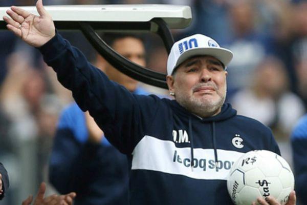 Diego Maradona Meninggal Dunia, Berikut Kronologinya - iMSPORT