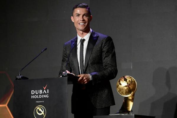 CR7 Menjadi Pemain Terbaik Abad ini Kalahkan Lionel Messi - iMSPORT